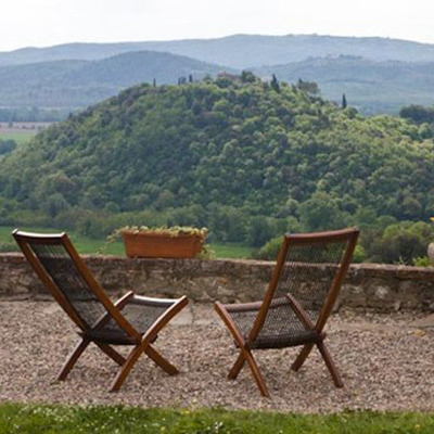 Luxury farmhouse in the tuscan countryside